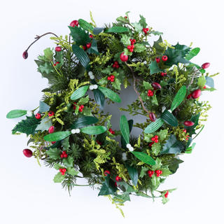 Sztuczny świąteczny wieniec z jemiołą
