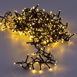 Łańcuch świetlny LED z 400 diodami