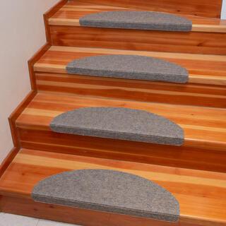 Dywanowa nakładka na schody QUICKSTEP półokrągła beżowa