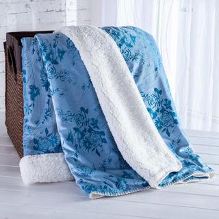Barankowy koc z tłoczonym wzorem niebieski 140 x 200 cm