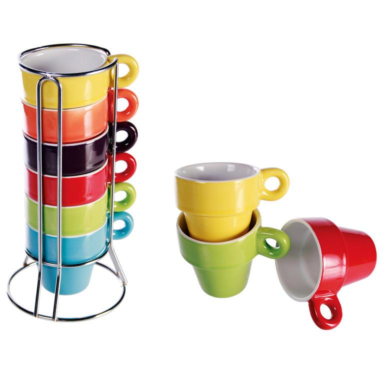 Kubki ceramiczne w stojaku